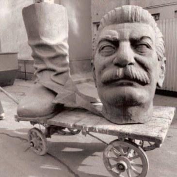 stalin-head-budapest-1990.jpg